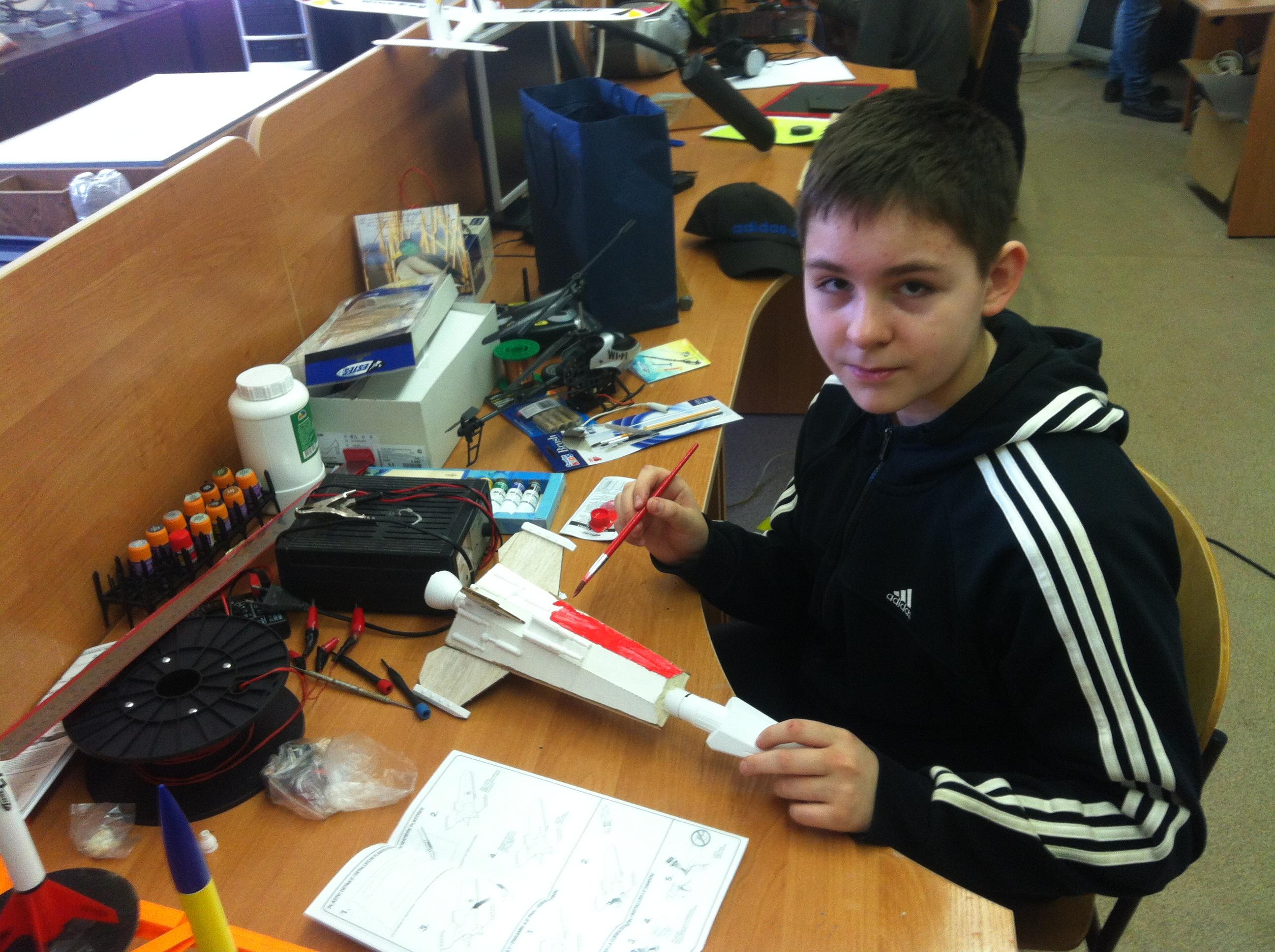 Саша Башкатов готовит к запуску новую ракету