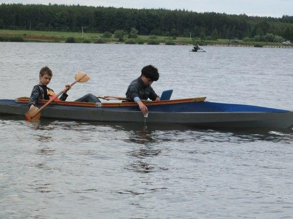 Исследование воды озера  цифровыми датчиками с байдарки
