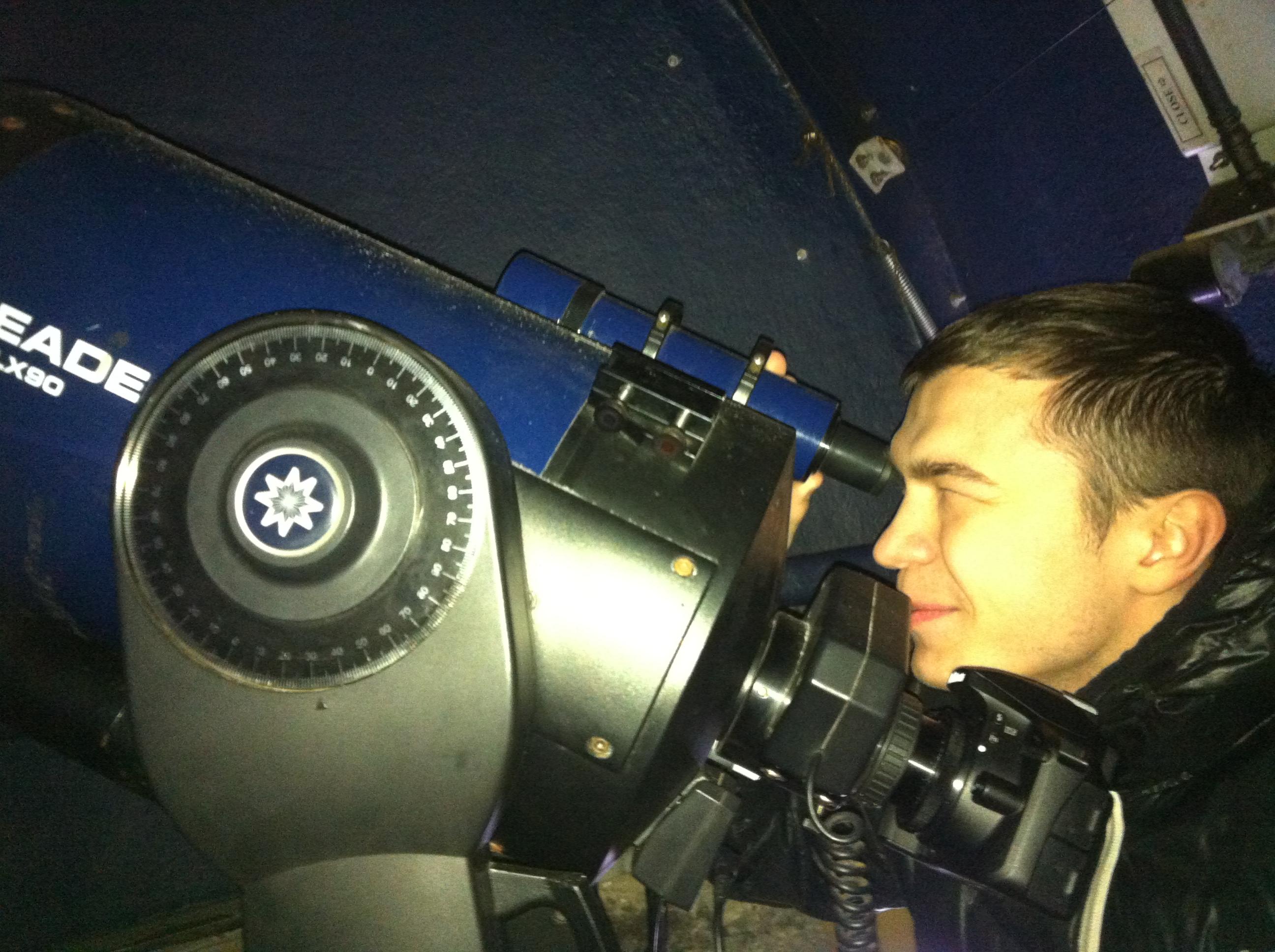 Новая цифровая камера Nicon в школьной обсерватории