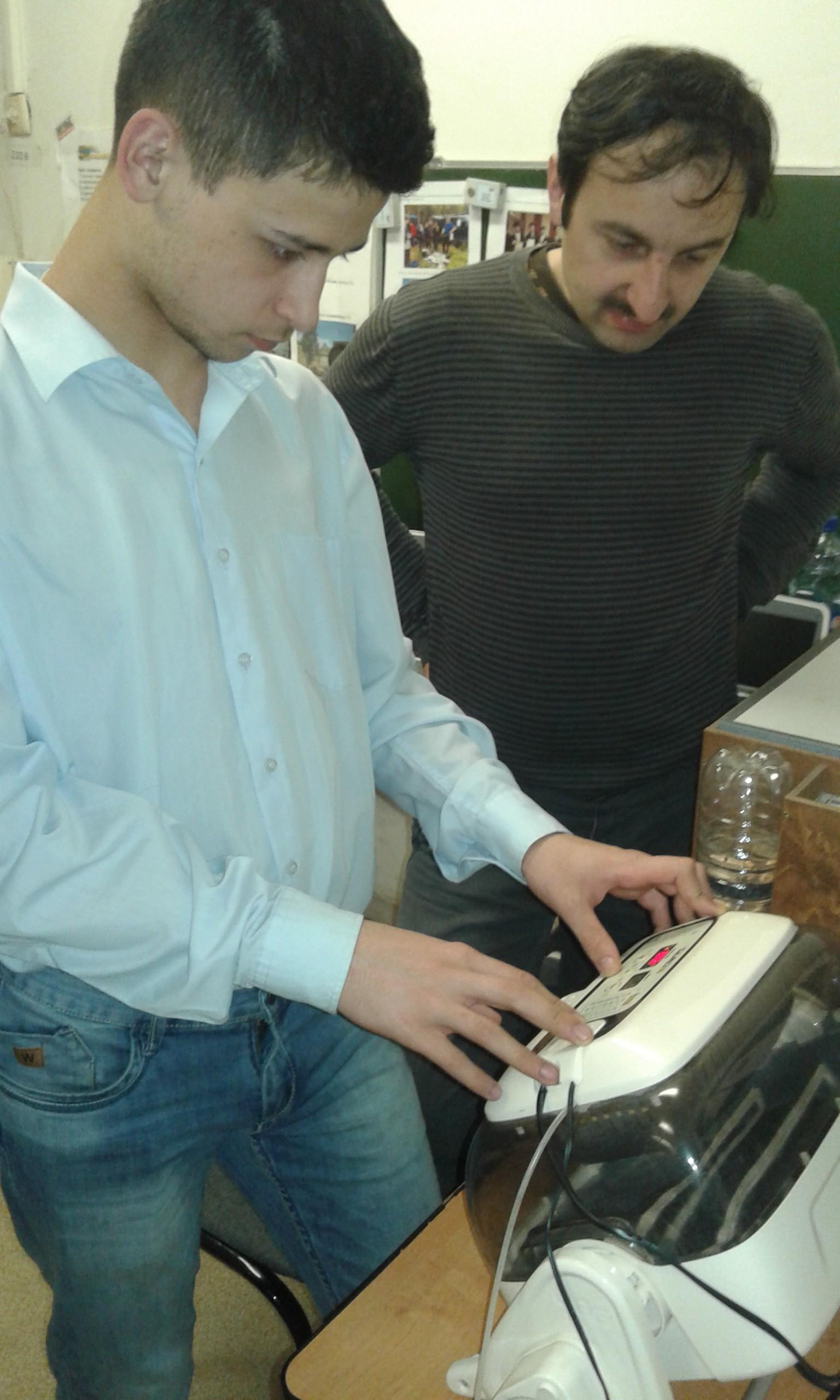 -яиц-в-инкубаторы-e1461058966409
