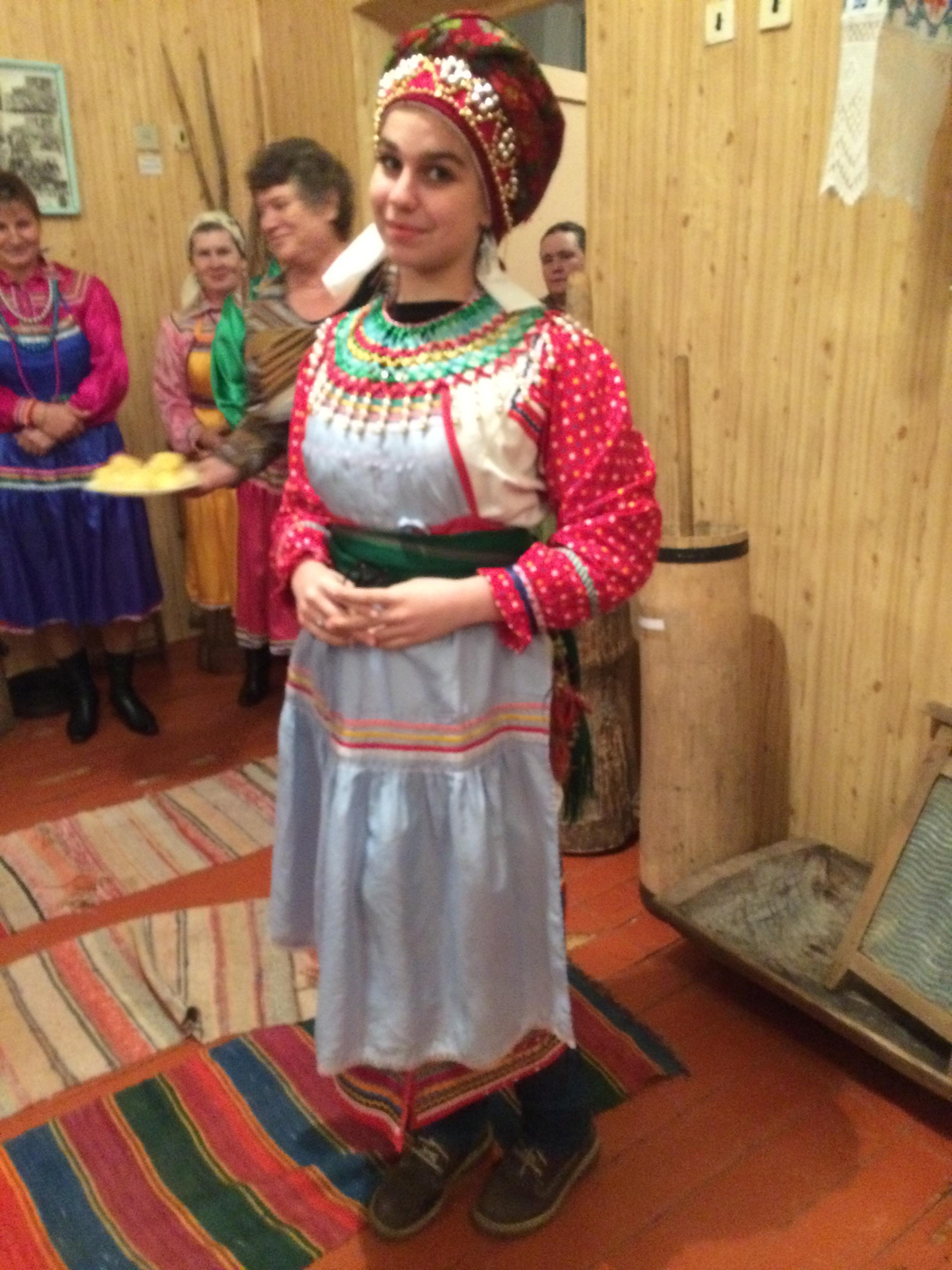 Теперь мы знаем как выглядит мордовская невеста
