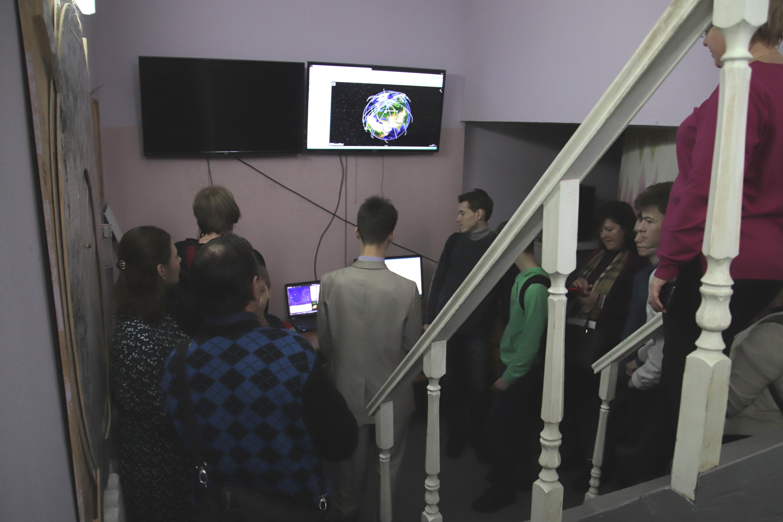 О центре космического мониторинга рассказывает учитель технологии - Андрей Дмитриевич Бобырев