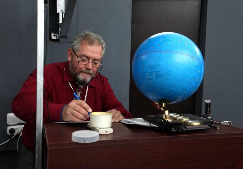 Царьков И.С. в школьном планетарии