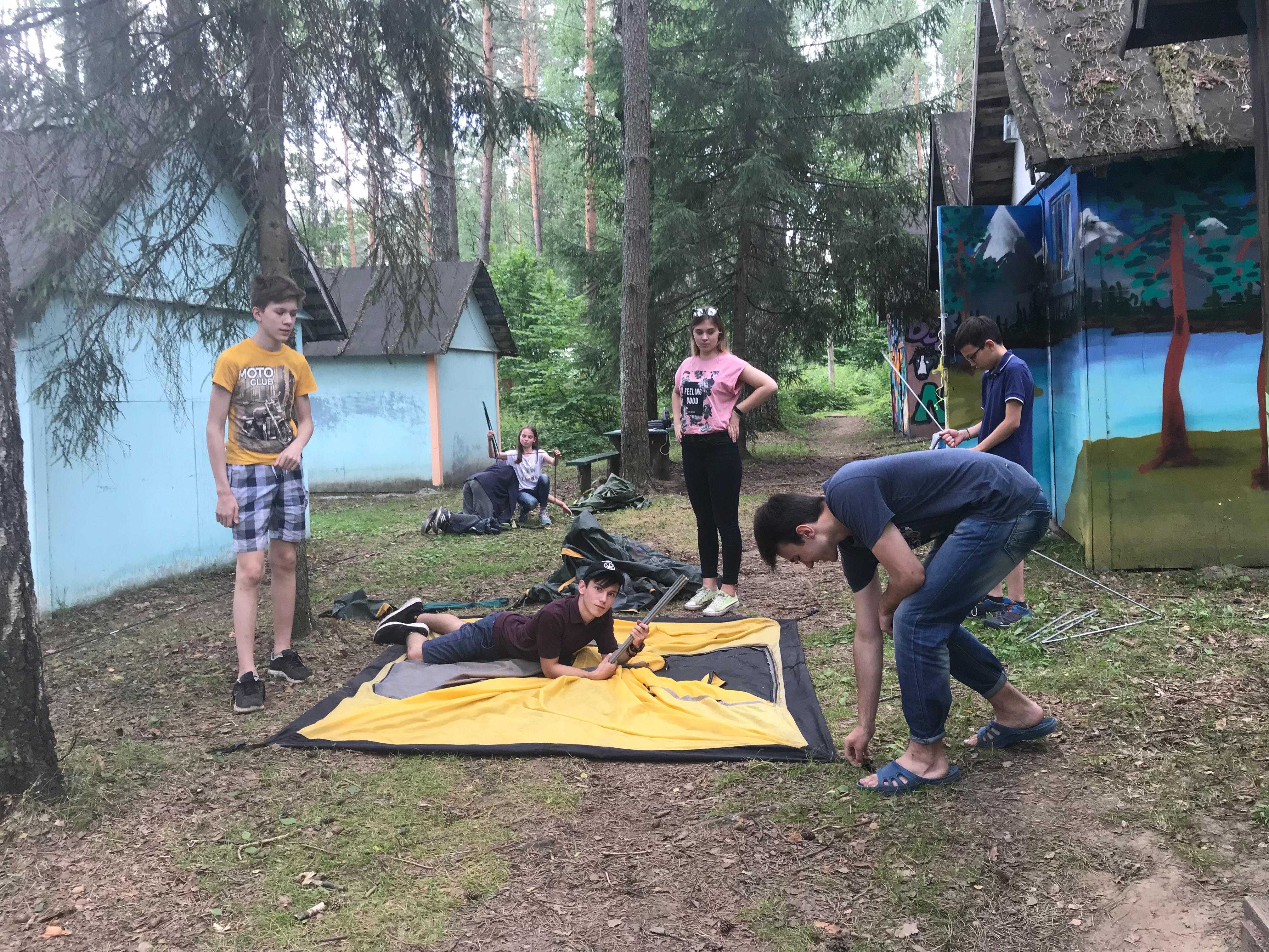 Ставить палатку должен уметь каждый