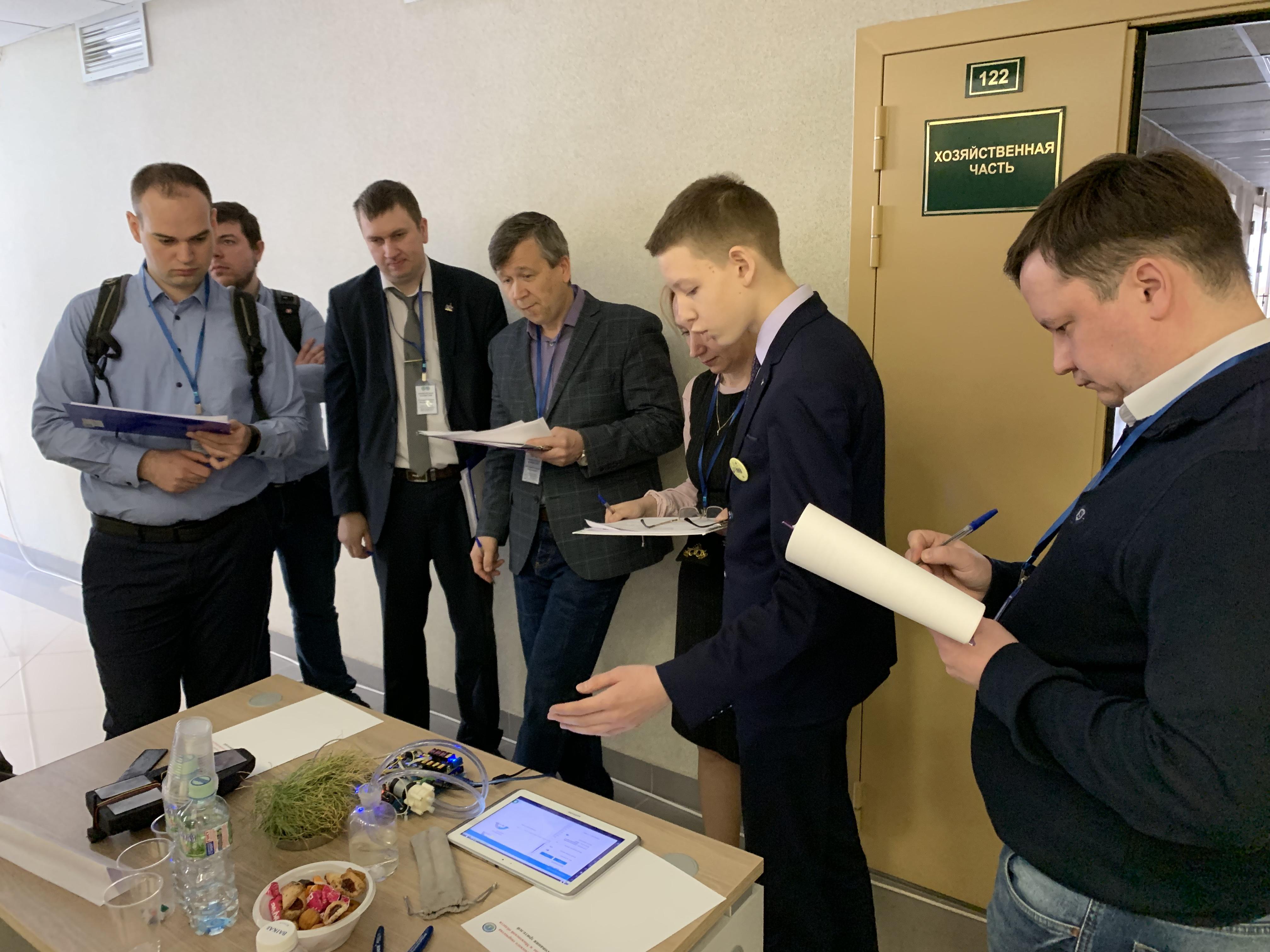 О работе поливной установки рассказывает Кирилл Шамко