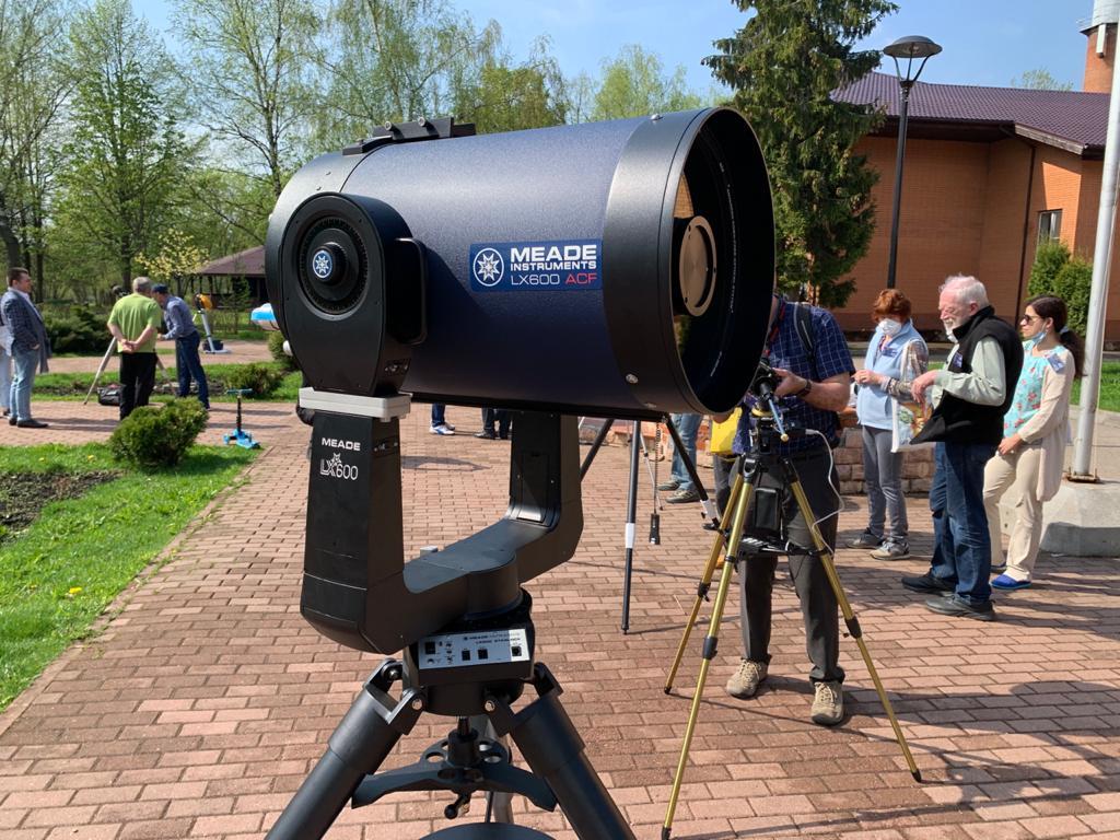 Красавец телескоп Meade