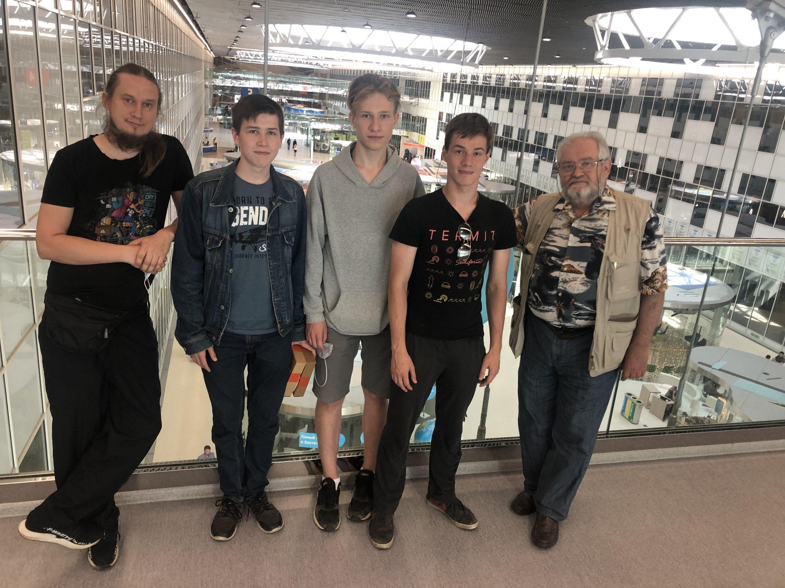 Команда ШКТ в технопарке Сколково